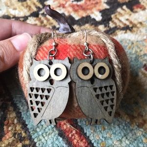 🦉SOLD🦉Owl Wood Dangle Earrings